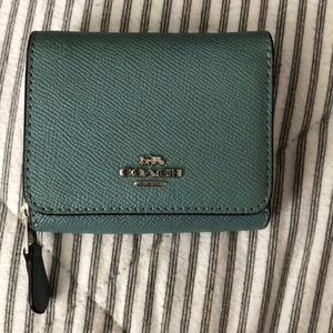 NWOT Small Coach Wallet